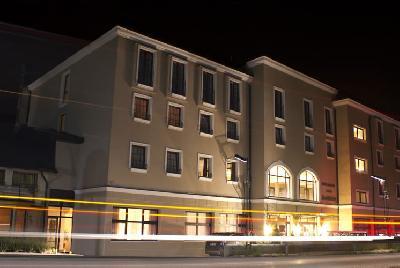 Hotel De Luxe Kostelski buk