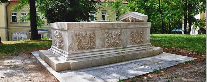Bihaćki sarkofag